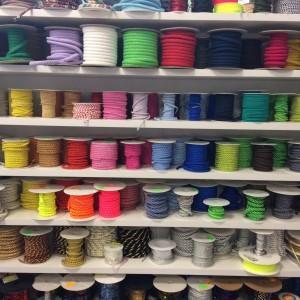szpulki sznurów
